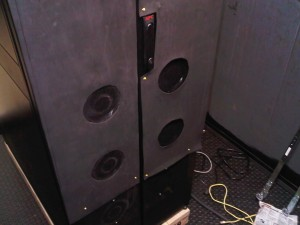 Sealed rear doors force air through fans