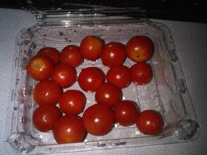 9:05am Cherry tomatoes